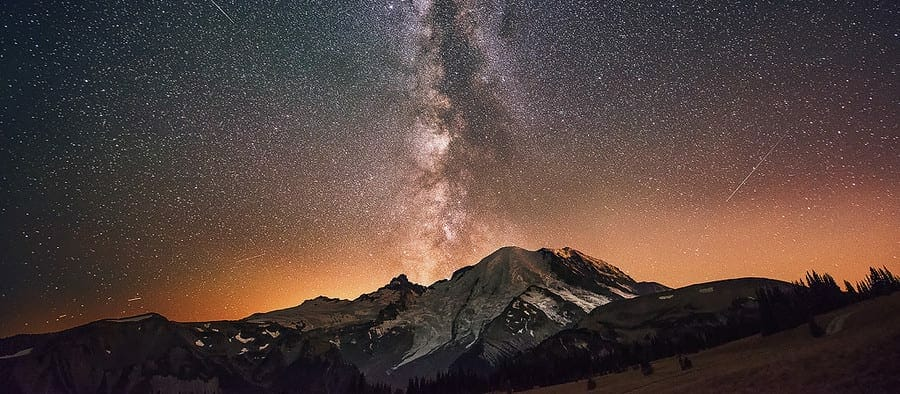 the Milky Way galaxy photographed over mount rainier in washington state during Dave Morrow's Night Sky and star photography workshops